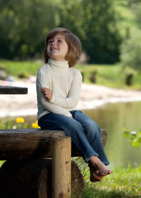 12380d136 Prírodné detské oblečenie online. Roláky, mikiny, tričká, nohavice... ...